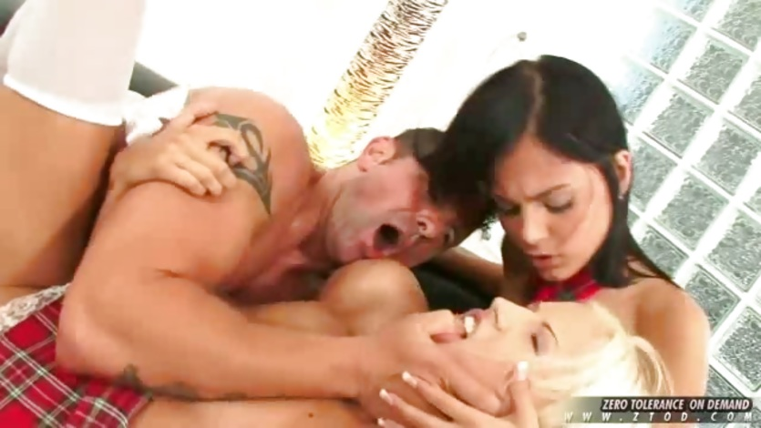 Black Angelica and Borokoa enjoy blowjobs and groupsex together