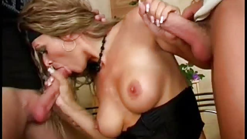 Blowjob By A Rock Chick
