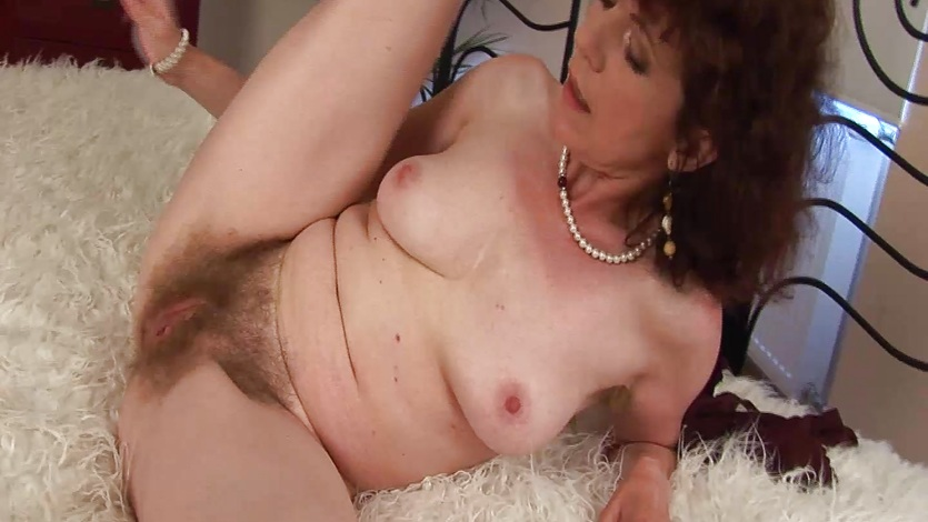 Extreme hairy mature fucked