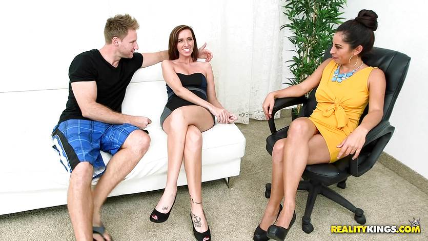 Hot MILF threesome