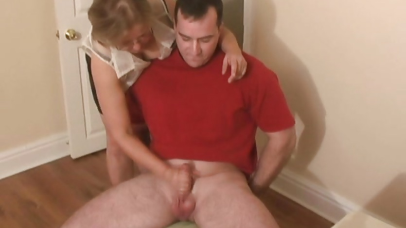 Mature mom offers a hand