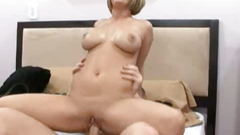 Nikki Grind mounds a big dick with her pussy