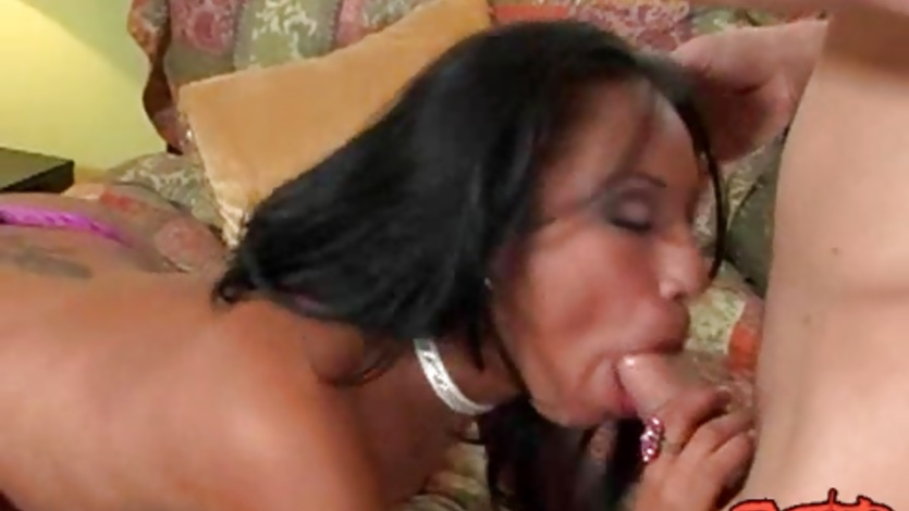 Slut Jasmine Byrne deep throats a thick hard dick