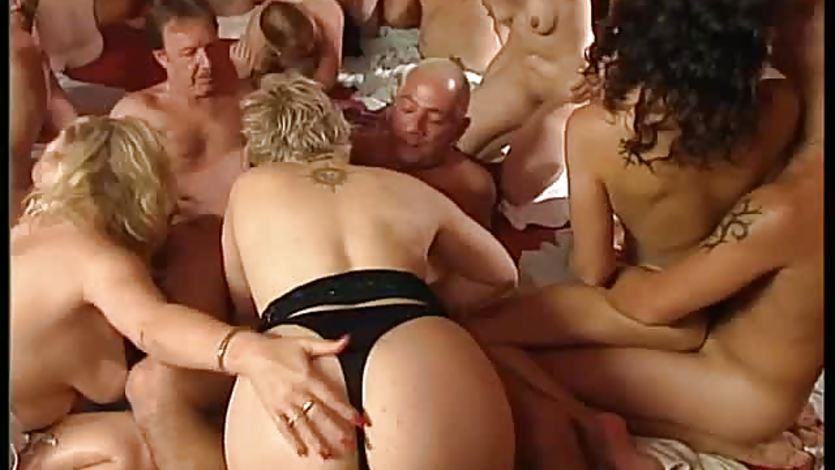 Swingers in wild groupsex orgy