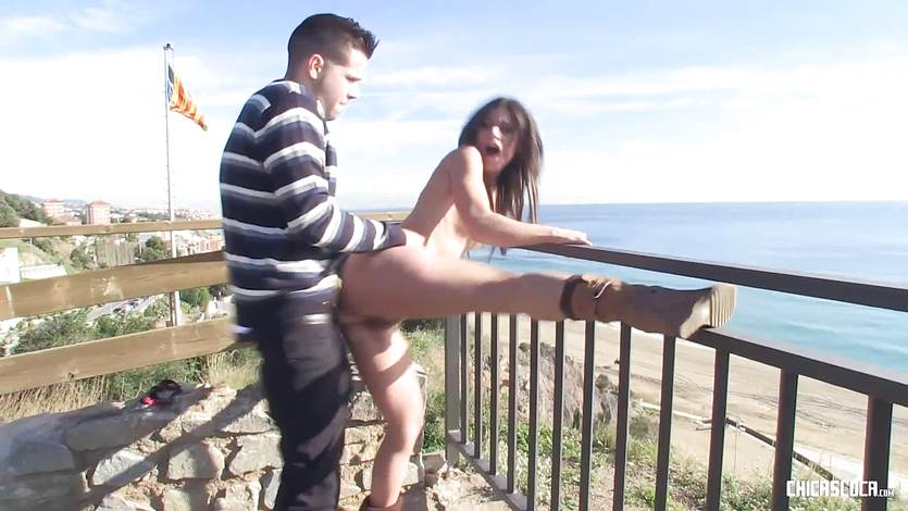 ChicasLoca – Spanish Latina Sex in Public (spanish)