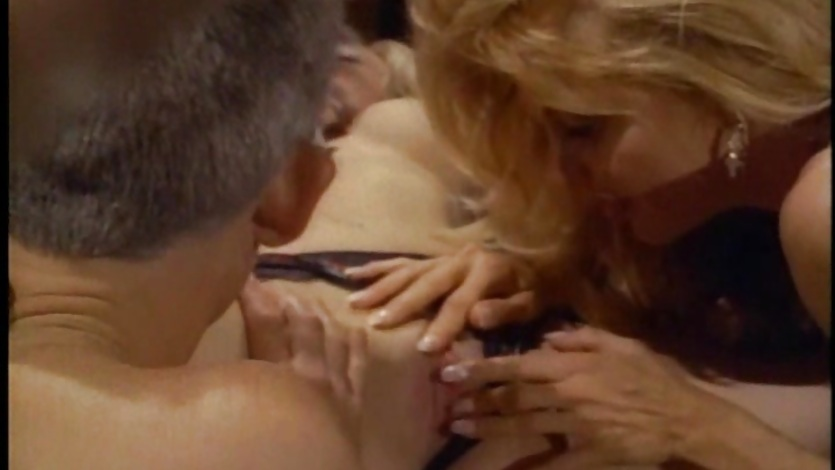 Dirty babeKaitlyn Ashley has her hot snatch slurped on by a big stud