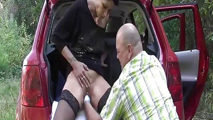 Extreme wife brutally fist fucked by the roadside