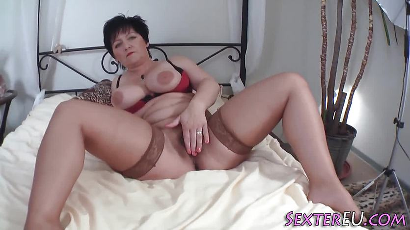 Heeled german milf blow