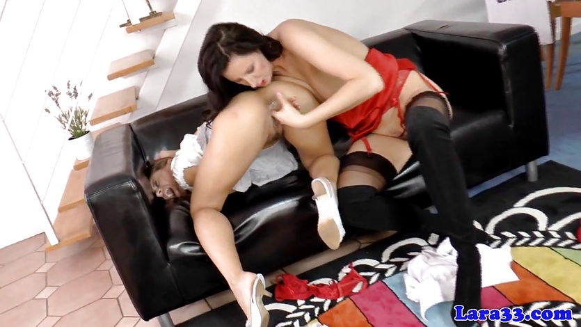 Lesbian mature sixtynines with european babe