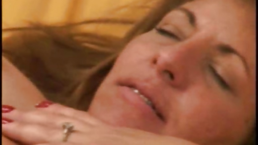Mature woman getting fucked and facialled