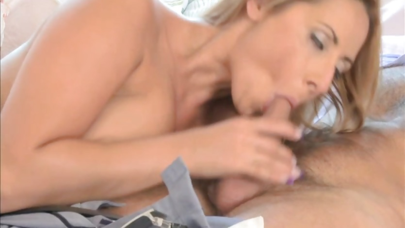 MOM Passionate creampies for busty MILF