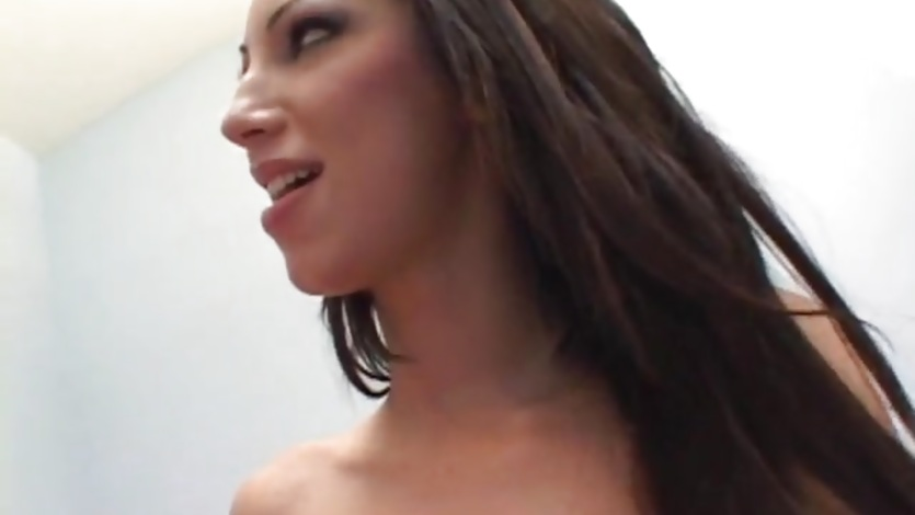 Monica Sweetheart bounces her asshole on a stiff cock
