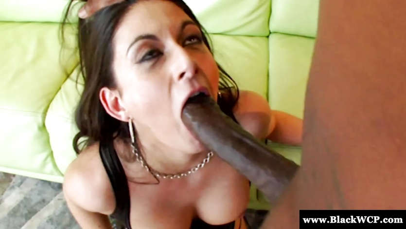 Nikki Daniels gagging on big black dick