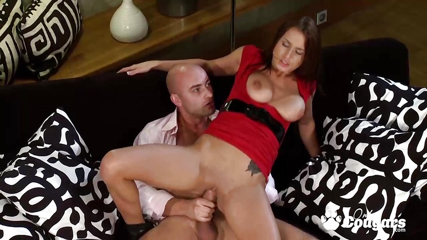 Big boobs brunette riding on hard dick
