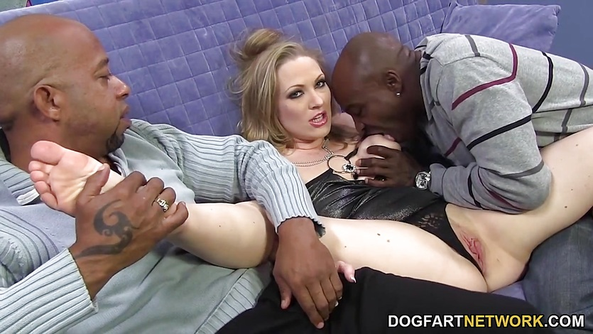 Double Dicking With Big Black Cocks – Vicky Vixen