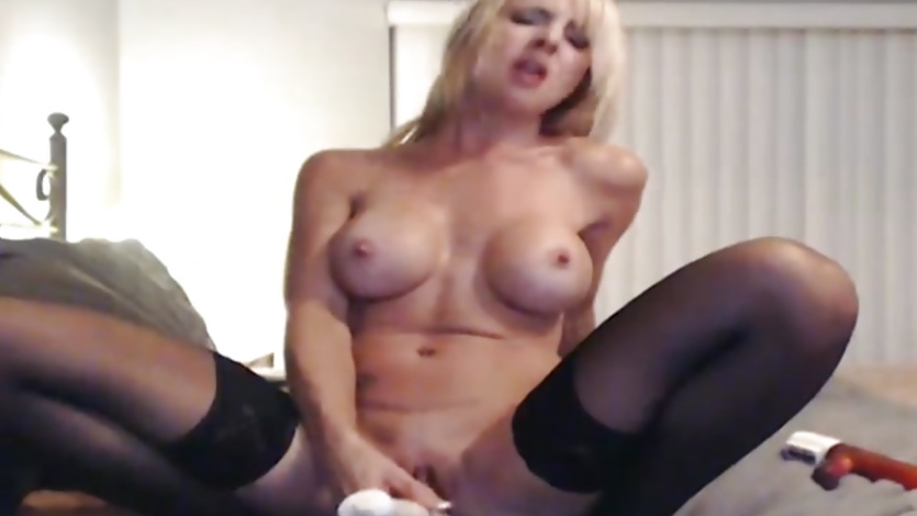 Gorgeous Busty Blonde Squirts Close to her Cam