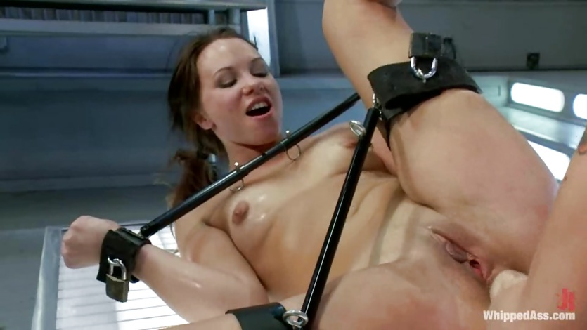 Horny Lorelei Lee fist fucks this babes wet snatch