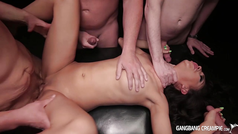 Slender Hottie gets fucked by 5 strangers and creampied