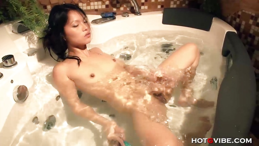 Teen Asian babe Lady Mai Squirts in Bath