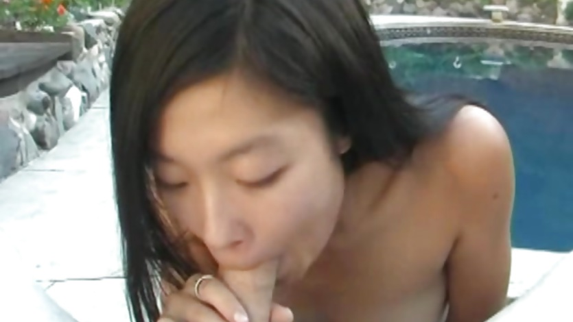 Asian lily sucking my rod