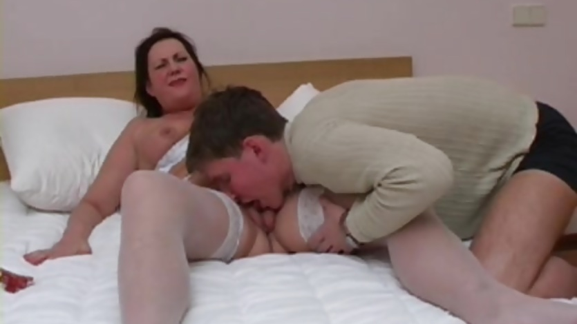 Horny guy pounds a mature BBW